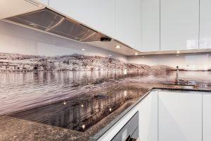 Küche Glas2.jpg